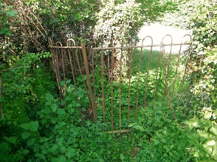 HO3 Metal Gate at A49 end of path