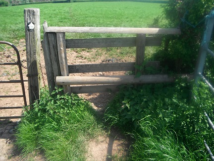 HO13 a dangerous difficult stile to get over at SO 52157 42703. Needs replacement with a gate or standard stile.